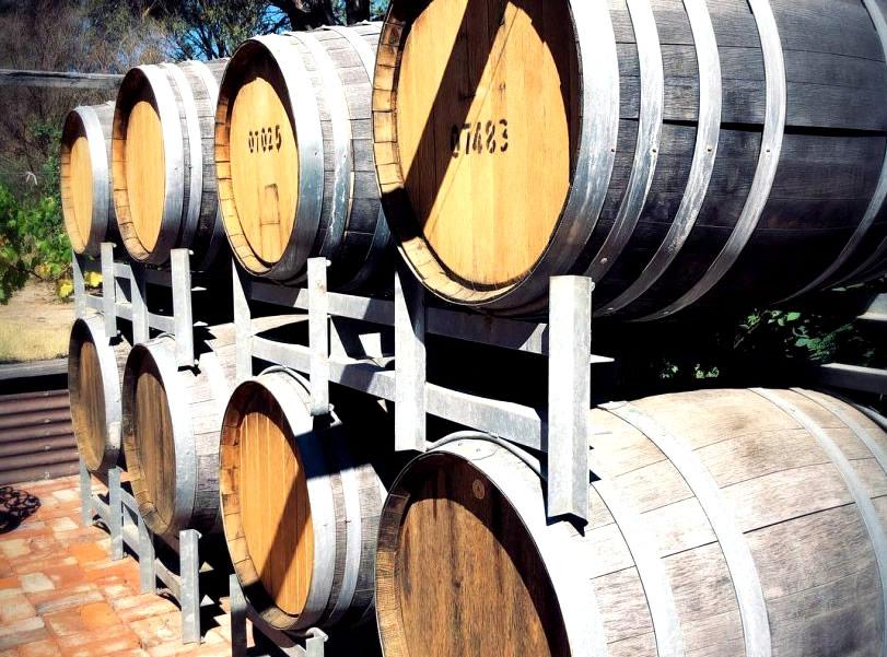 Australian Wine Club Buy Sparkling Wines McLaren Vale Winery Accommodation Venue